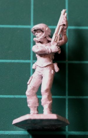 Denizen Miniatures 25mm Female Trooper with Shotgun