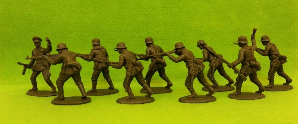 Expeditionary Force World War II The German Army Rifles-Assault Section in Steel Helmets